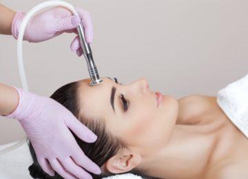 ¿Qué es el peeling ultrasónico? Beneficios y contraindicaciones