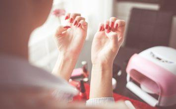 Cómo hacer la manicura en casa paso a paso
