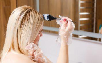Errores que cometes al tintarte el pelo en casa